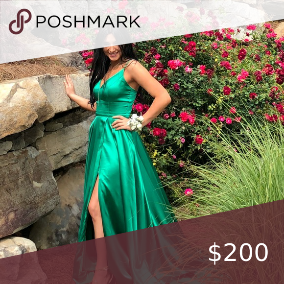 Photo of Emerald Sherri Hill Because satin Sherri Hill dress, Size 4, could be used for m…
