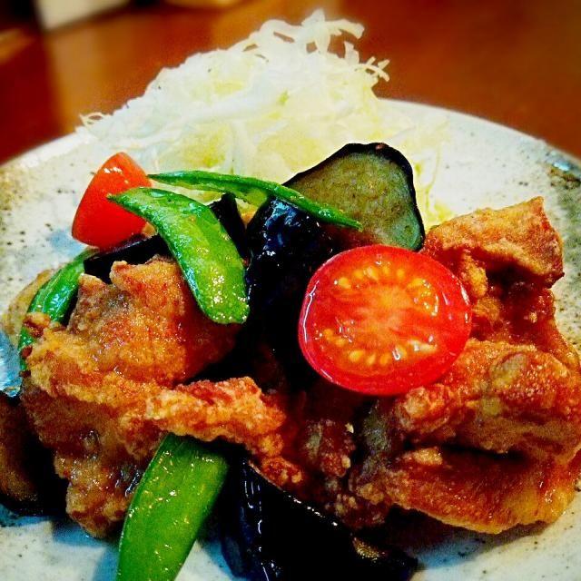 明日のランチメニューの試作です♪ - 119件のもぐもぐ - 鶏と野菜のタイ風ピリ辛揚げ by ichidolushi