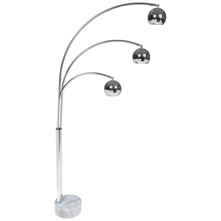 Italian Mid Century Modern Chrome Guzzini Floor Lamp 1stdibs Com