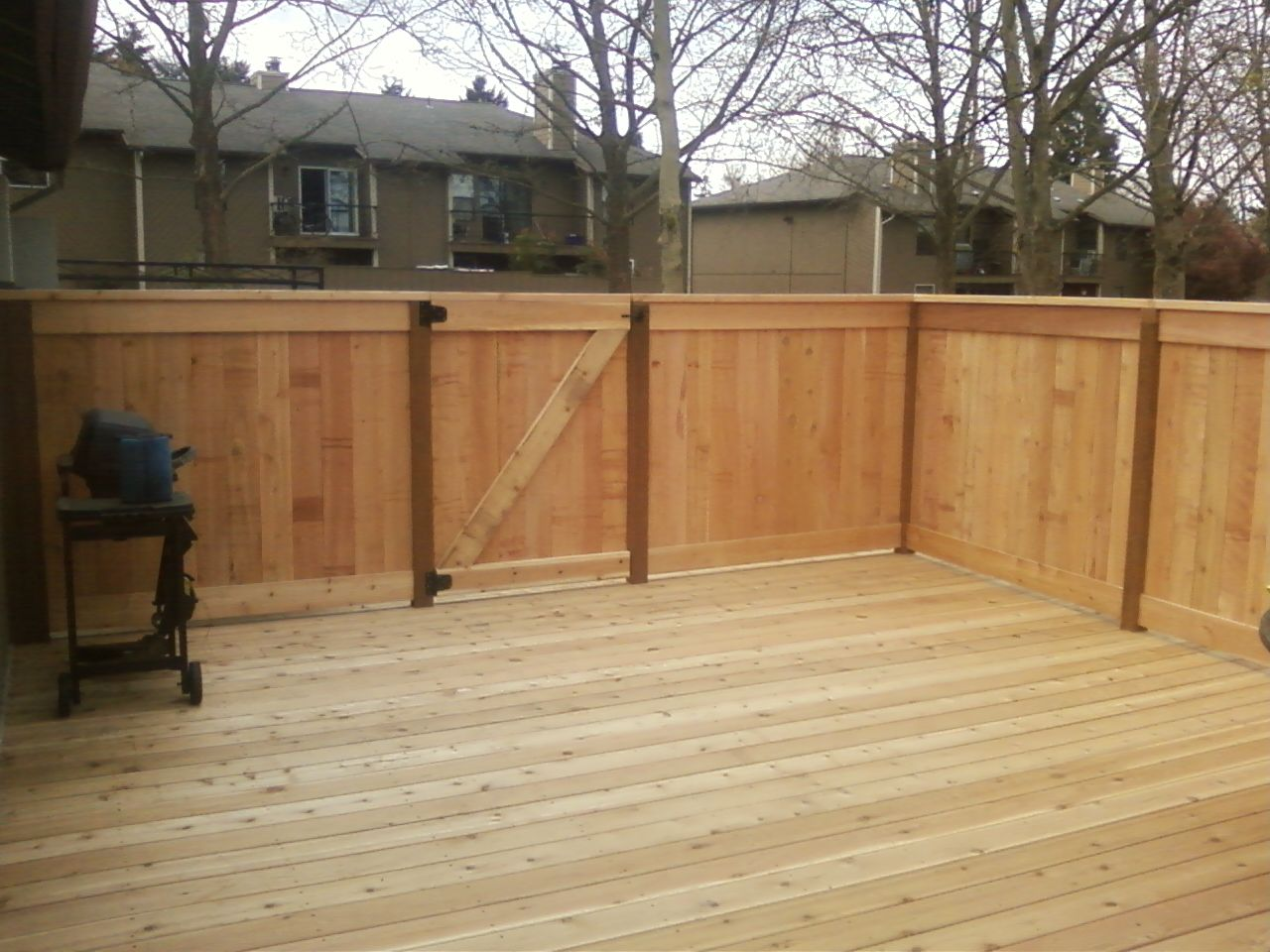 2x6 Boards Cedar Deck With Picture Frame Cedar Fence Around