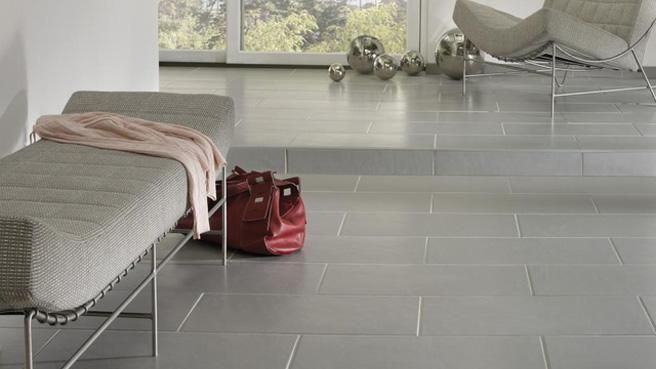 Carrelage rectangle gris clair design marche contremarche for Carrelage sol interieur gris clair
