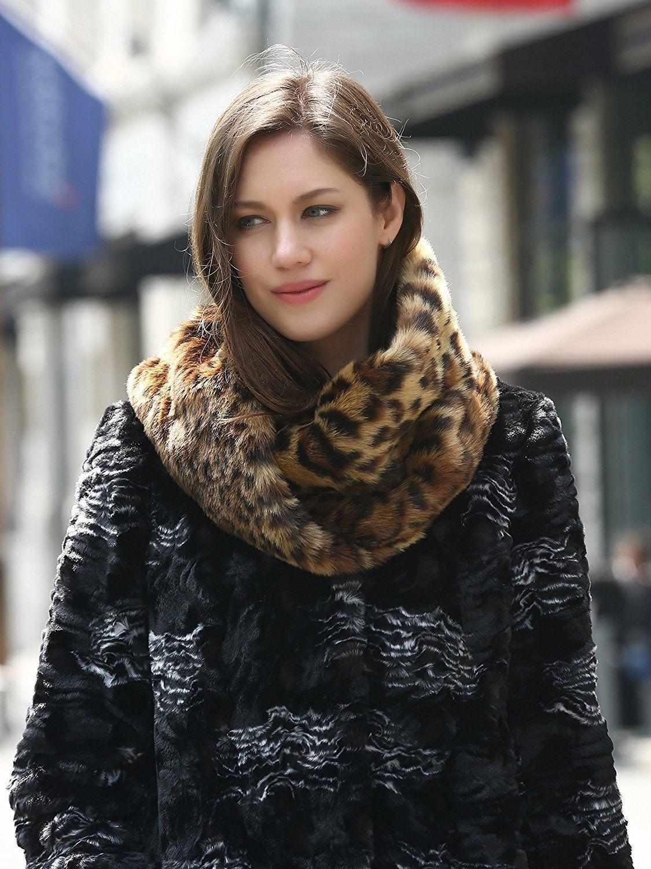 5f332254a Adelaqueen Women's Fabulous Faux Fur Neck Warmer Leopard Infinity Scarf  Medium Brown at Amazon Women's Clothing store: