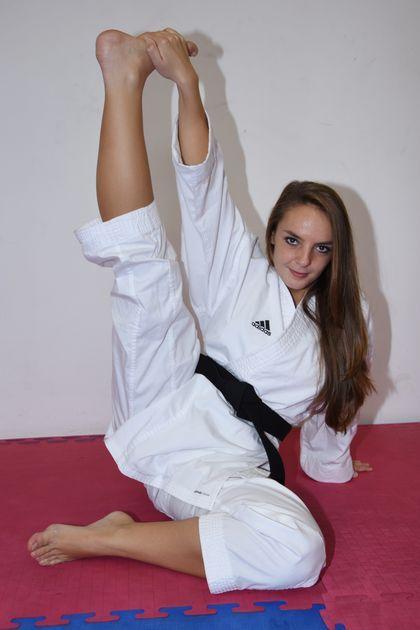Shoot Me Image By Nicole Novak Martial Arts Girl Female Martial