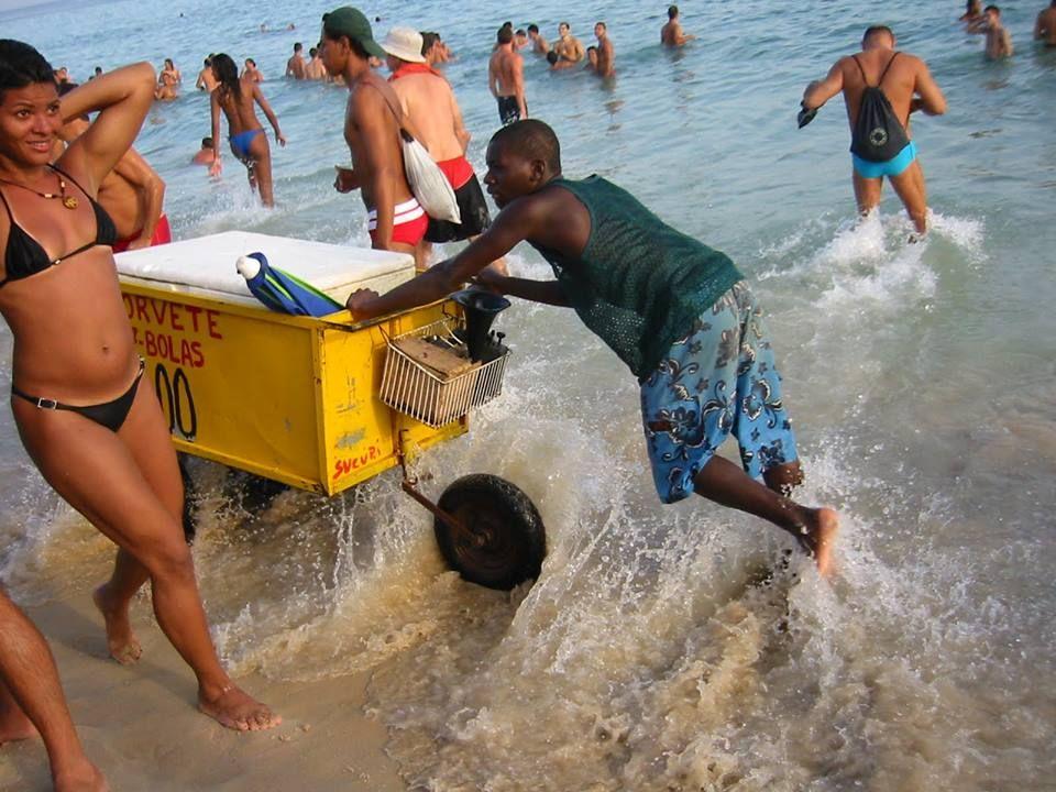 #caribbean #caribbeanlifestyle #beach #vendor