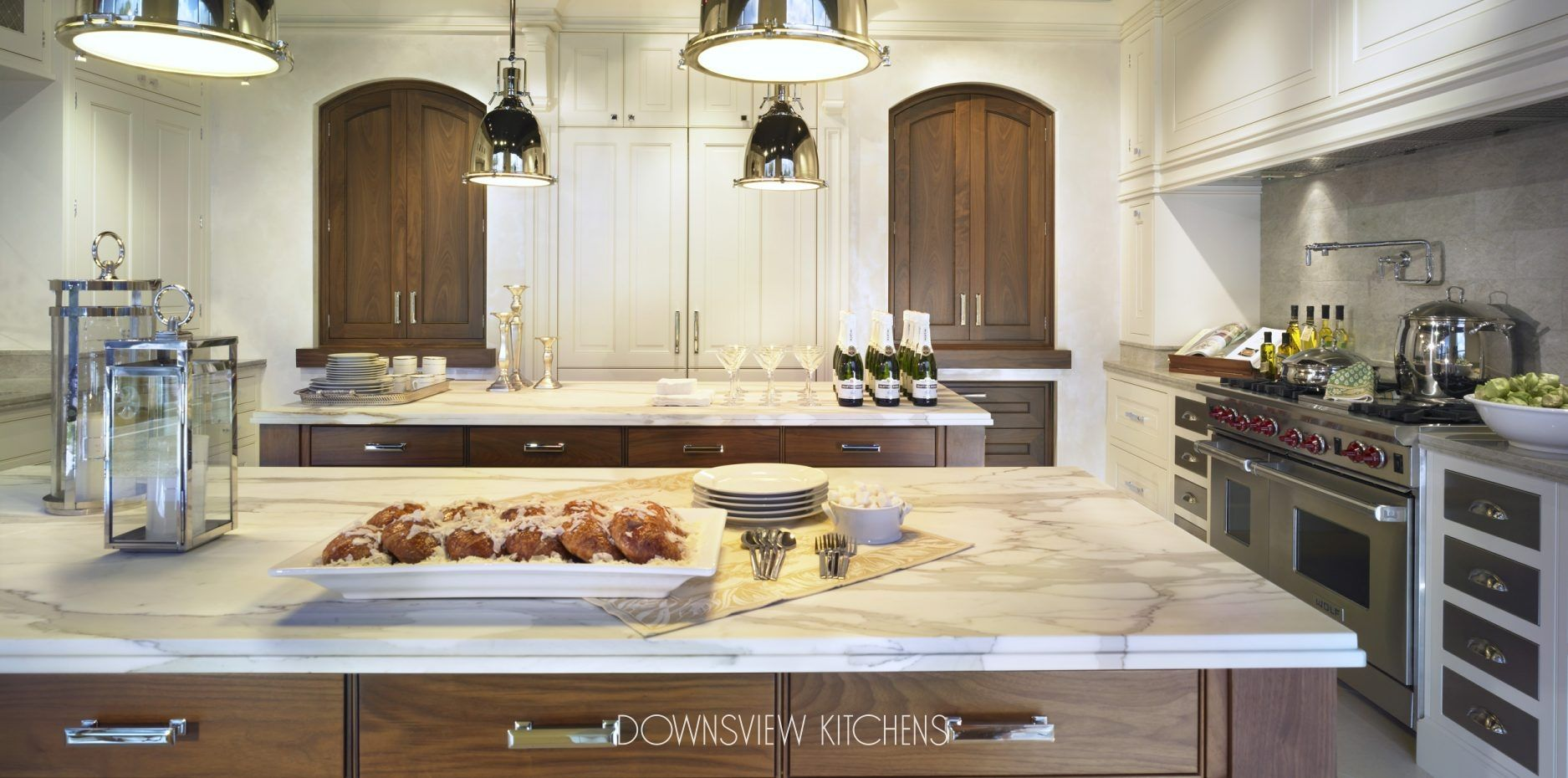 Tale Of Two Islands Downsview Kitchens And Fine Custom Cabinetry Manufacturers Of Custom Kitchen Cab Custom Kitchen Cabinets Kitchen Design Custom Kitchens