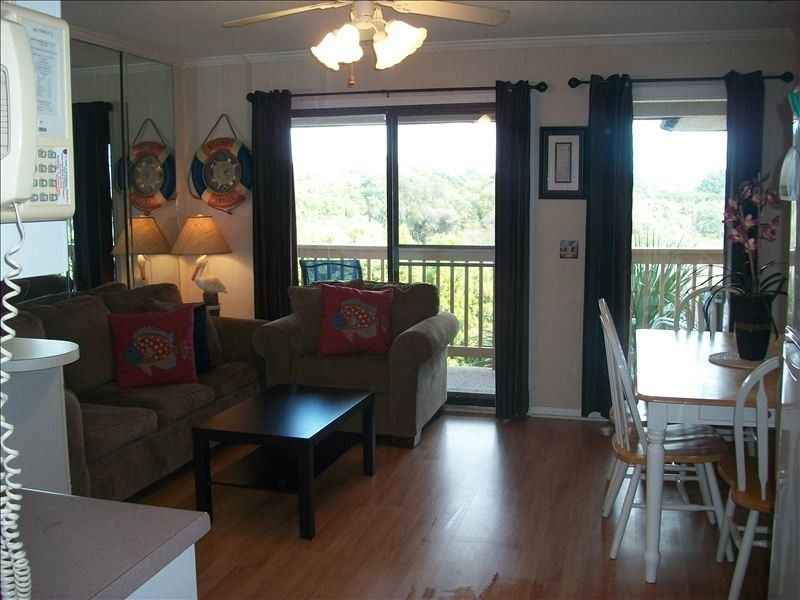 Condo vacation rental in folly field from