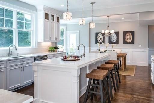 Great Kitchen Staging in Newton, Mass!  #homestagingmassachusetts, #homestagingsells, #luxuryhomestaging, #homestaging