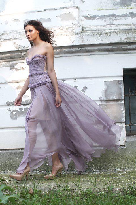 Romanian designer maria lucia hohan mlh maria lucia for Romanian wedding dress designer