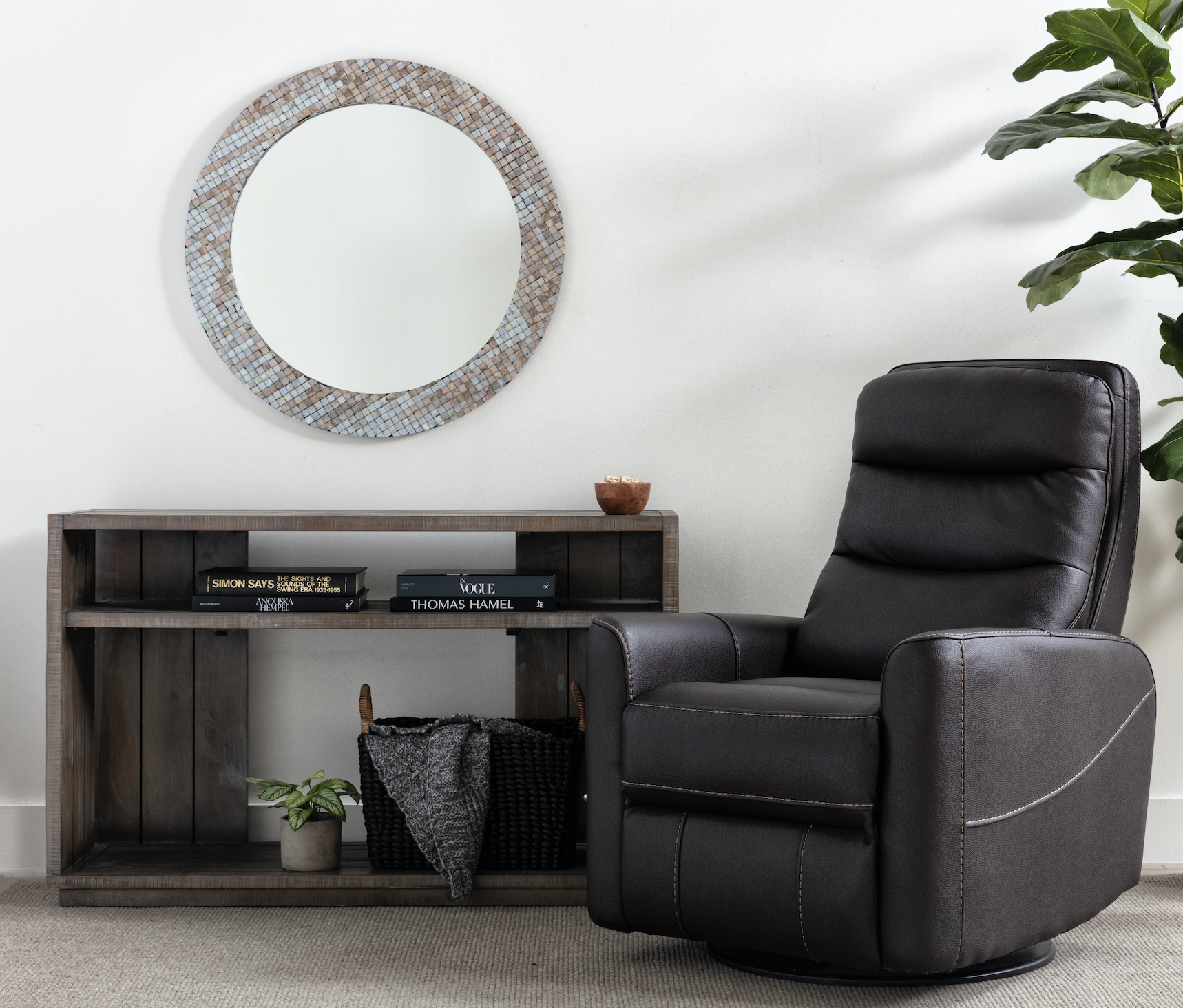 Hercules Chocolate Swivel Glider Recliner In 2020 Swivel Glider Recliner Glider Recliner Swivel Glider Chair #reclining #swivel #chairs #for #living #room
