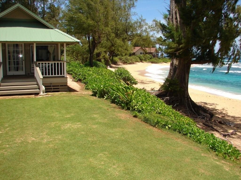 haena kauai beachfront cottage vacation rental haena love shack rh pinterest ca