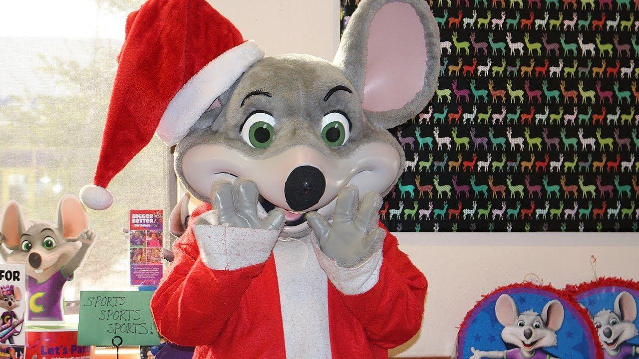 Chuck E Cheese Christmas.Chuck E Cheese Happy Dance With Holiday Chuck E Cheese