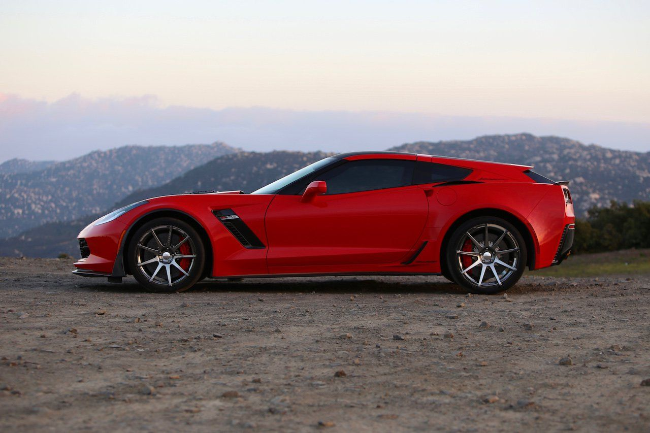 Renowned Corvette Builder Pays A Visit With His Corvette Shooting Brake In Tow Corvette Callaway Corvette Classic Cars Trucks