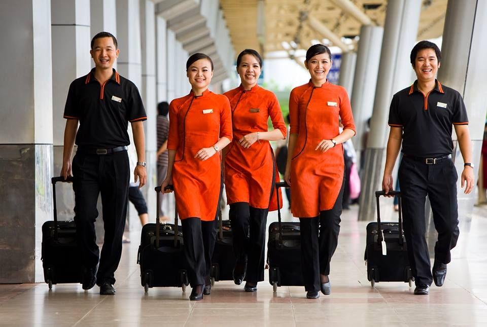 Jetstar airways japan flight attendants airhostess for Spa uniform singapore