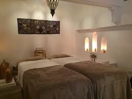 Image result for decoracion de cabinas de masaje