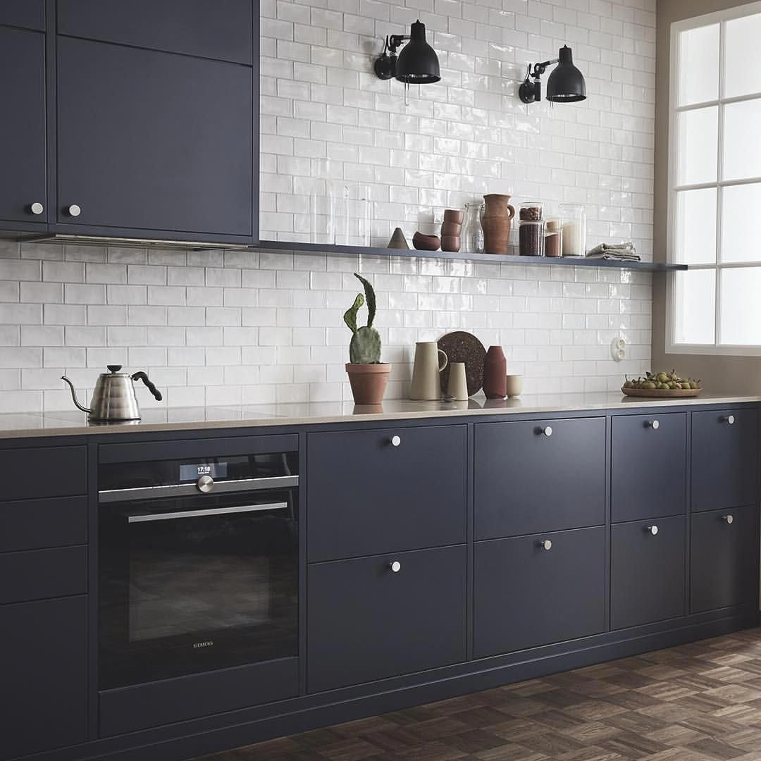 Furniture For Sale Black Friday Furnitureshippingcalculator Code 8415140092 Kitchendesig With Images Kitchen Furnishings Beautiful Kitchen Cabinets New Kitchen Cabinets