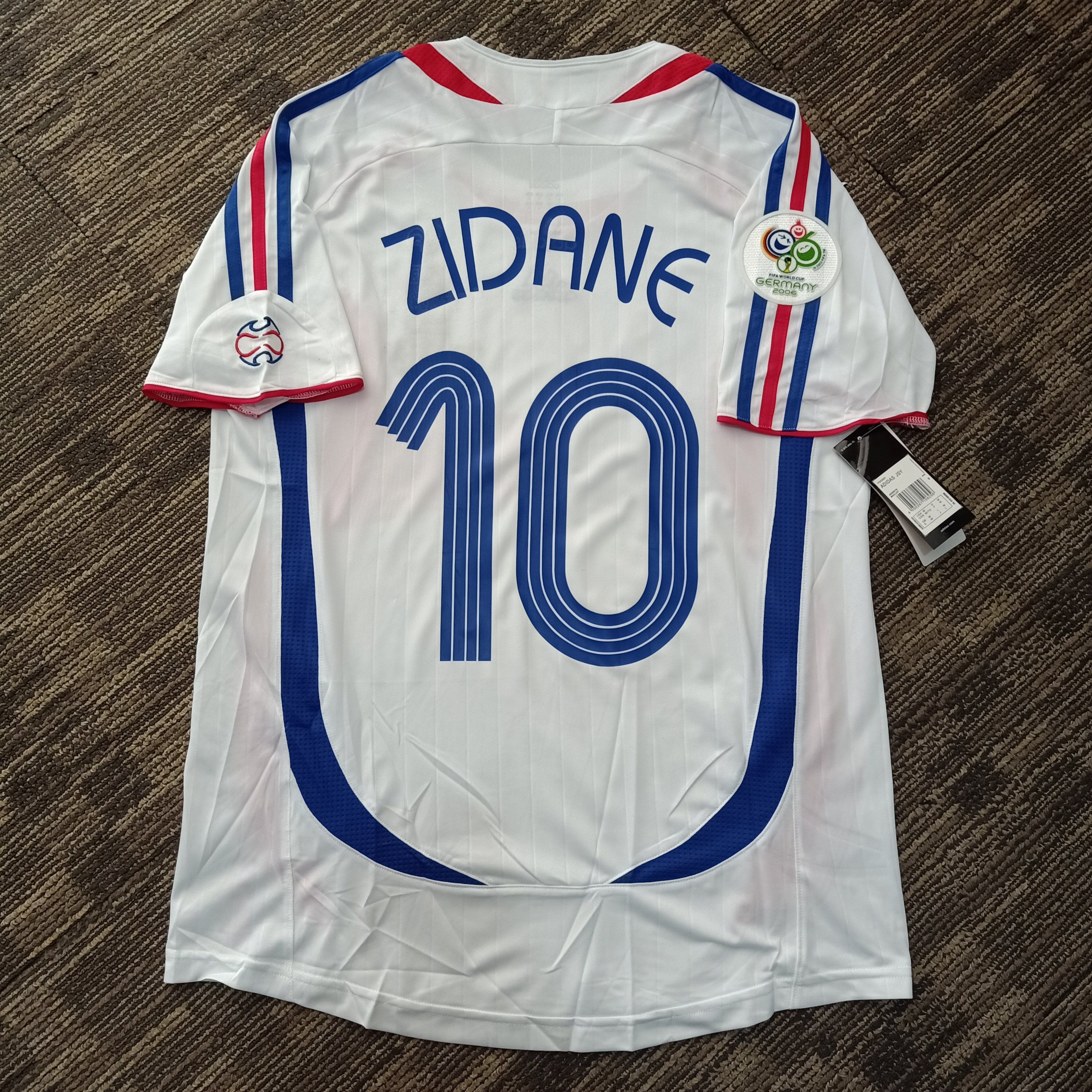 2006 France Away Zidane 10 Wc 2006 Patch Shirt In 2020 Patches Shirt Vintage Football Shirts Vintage Jerseys