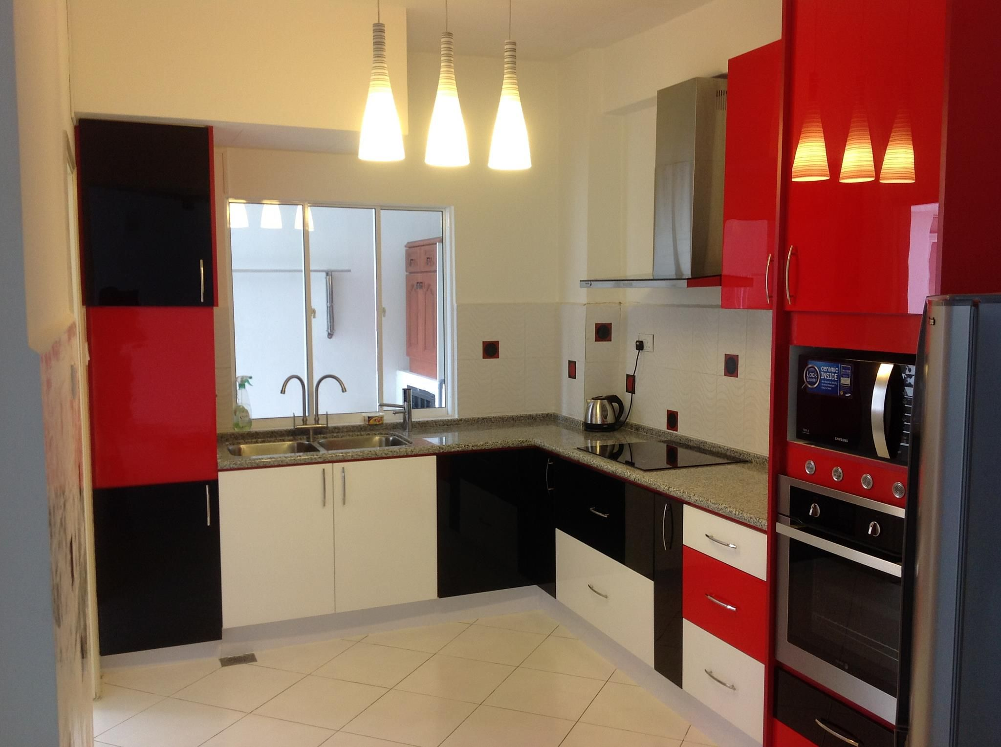 Kitchen Cabinet At Bukit Antarabangsa Ampang Red Black White Acrylic Material Door With Edging Plus Water Proof Internal Body Table Top Natural