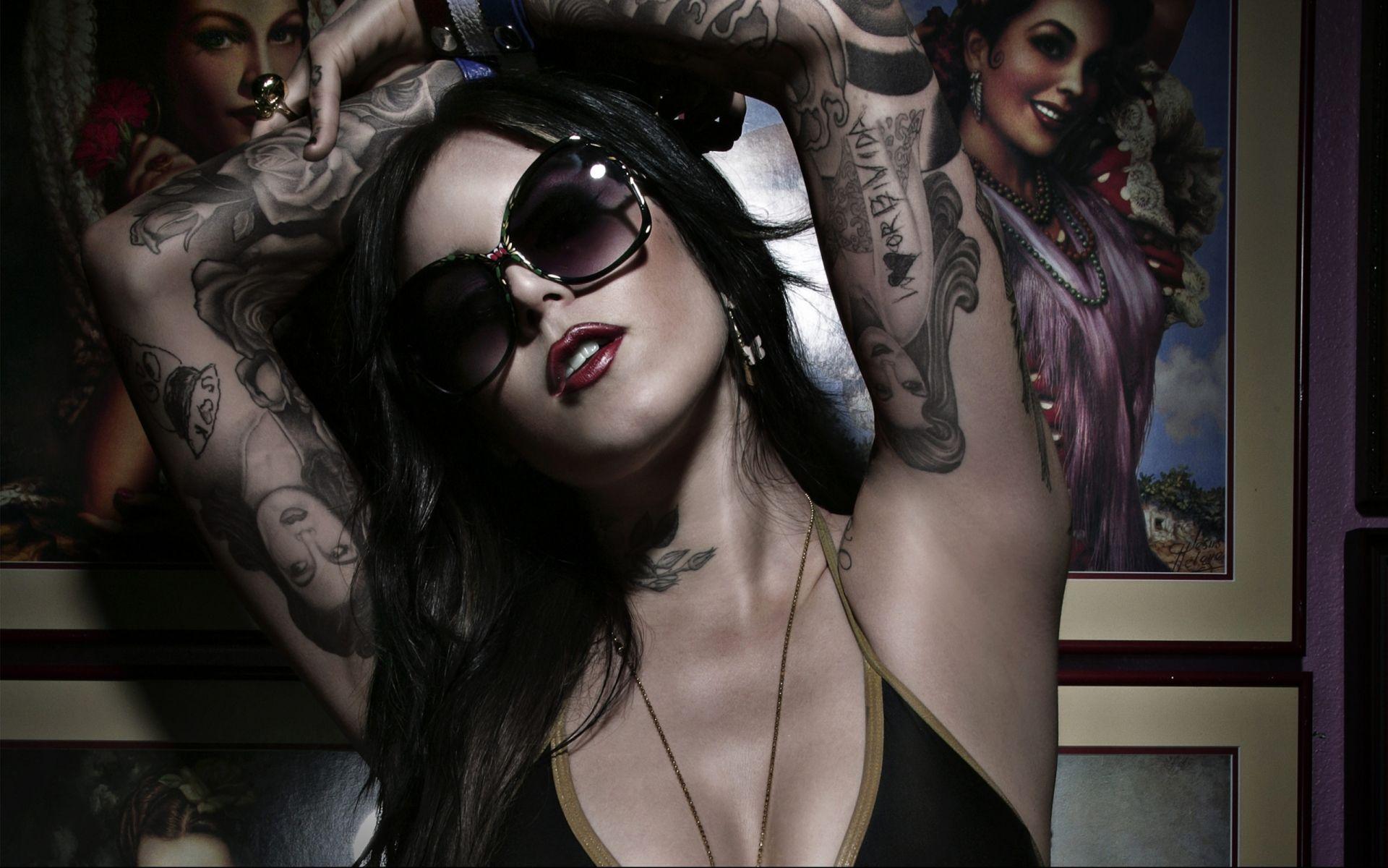 Tattoo Girl Von - Kat von d modeling kat von d wallpaper 2013 celeb gothic tattoo glasses women