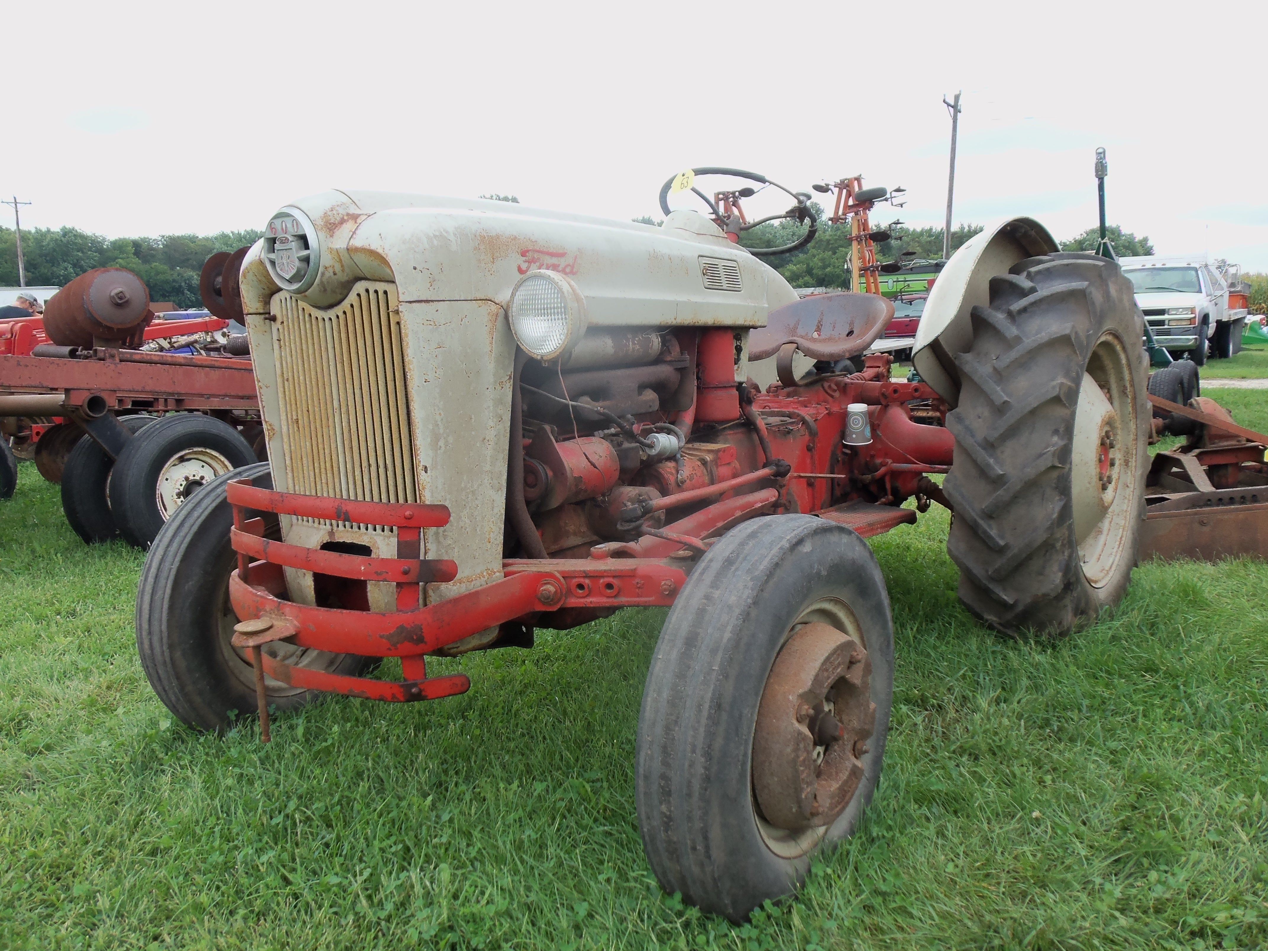 Ford 600 Tractor From 1950s Vintage Tractors Tractors Old Tractors