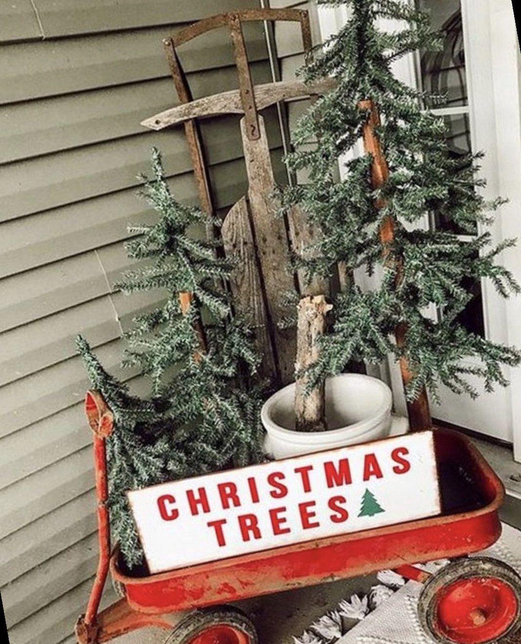 49+ Farmhouse Christmas Decor Ideas For Your Home