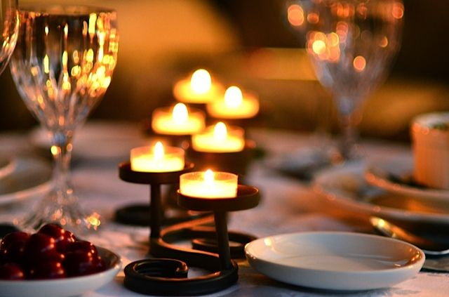 Romantic Table Setting make the setting romantic & Pretty | Dinner in the woods | Pinterest | Romantic and Music flower