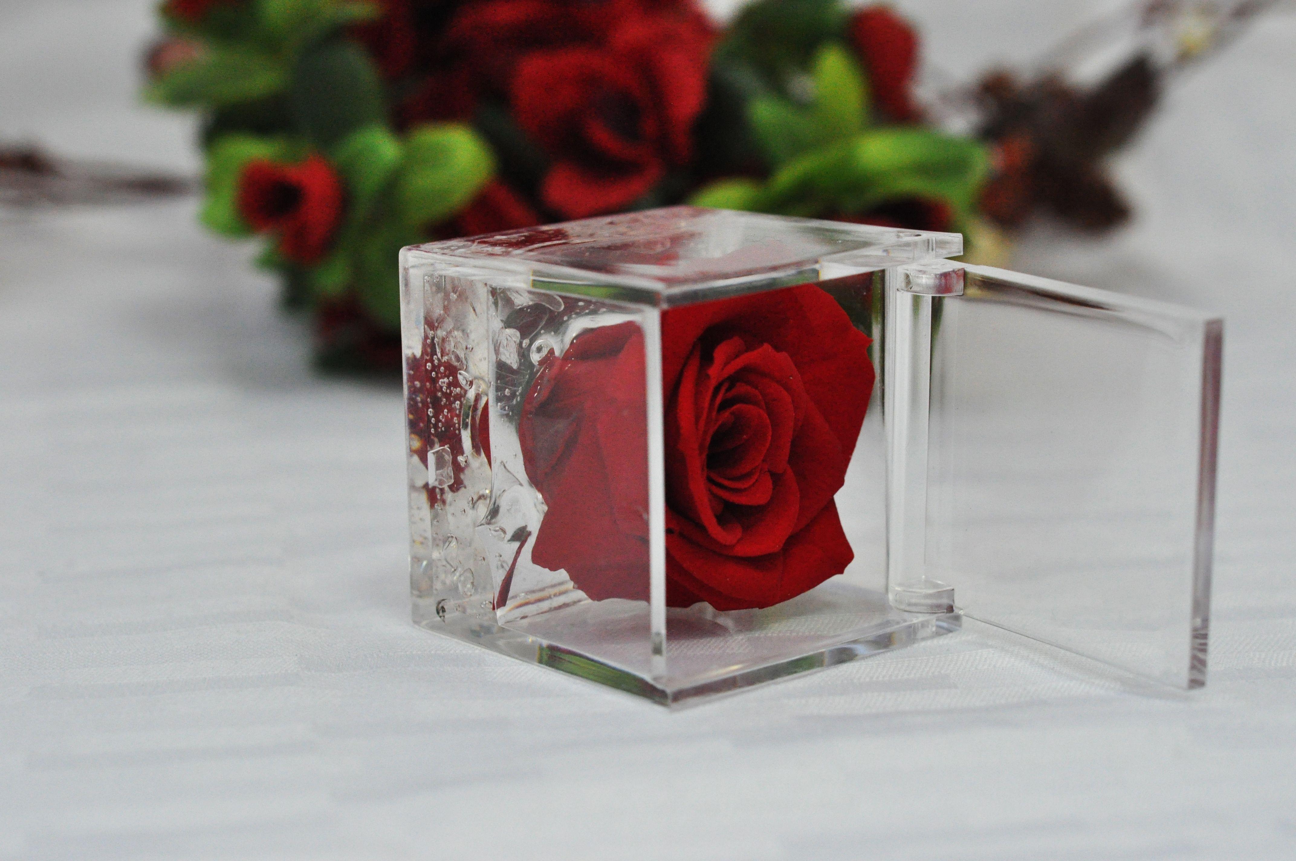 Kokulu güllerle eviniz gül koksun. #smell #candles #rose #gift  www.horizonmum.com, www.mummalzemesi.com, www.facebook.com/horizonmum, www.twitter.com/horizonmum, www.instagram.com/horizonmum