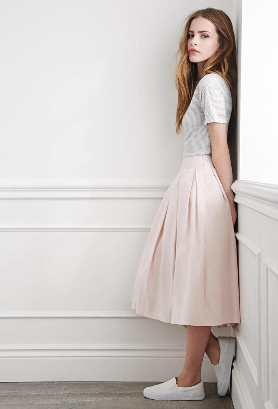 Pleated Midi Skirt http://picvpic.com/women-skirts-midi-skirts ...