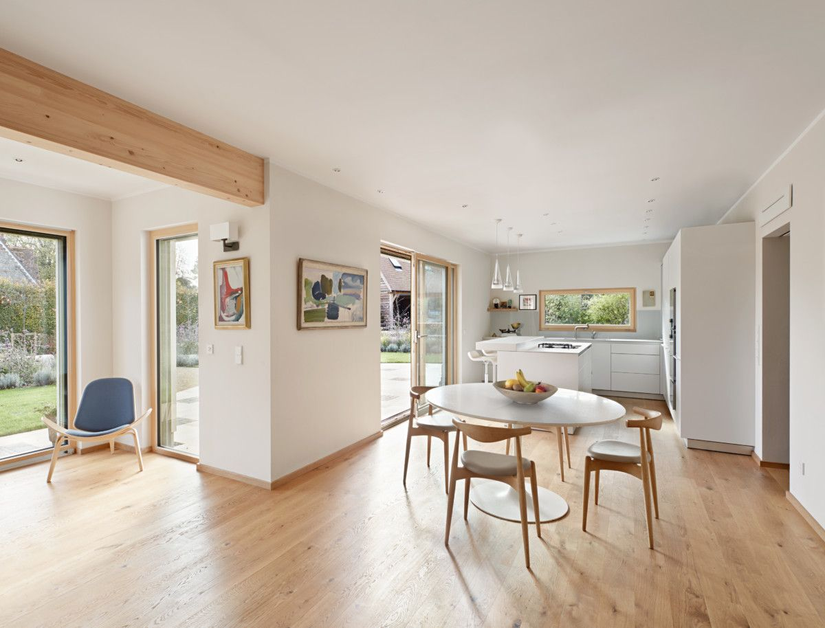 Wohnzimmer ideen mit offener k che und essbereich inneneinrichtung haus frankel baufritz - Haus inneneinrichtung ...