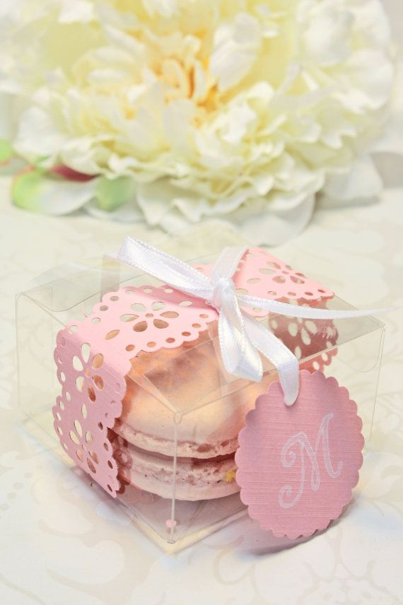beach wedding shower favor ideas%0A Pink Doily Shower Favors  Pink French Macaron  Favor Boxes  Set of    Favor  Boxes  Bridal or Wedding Favors