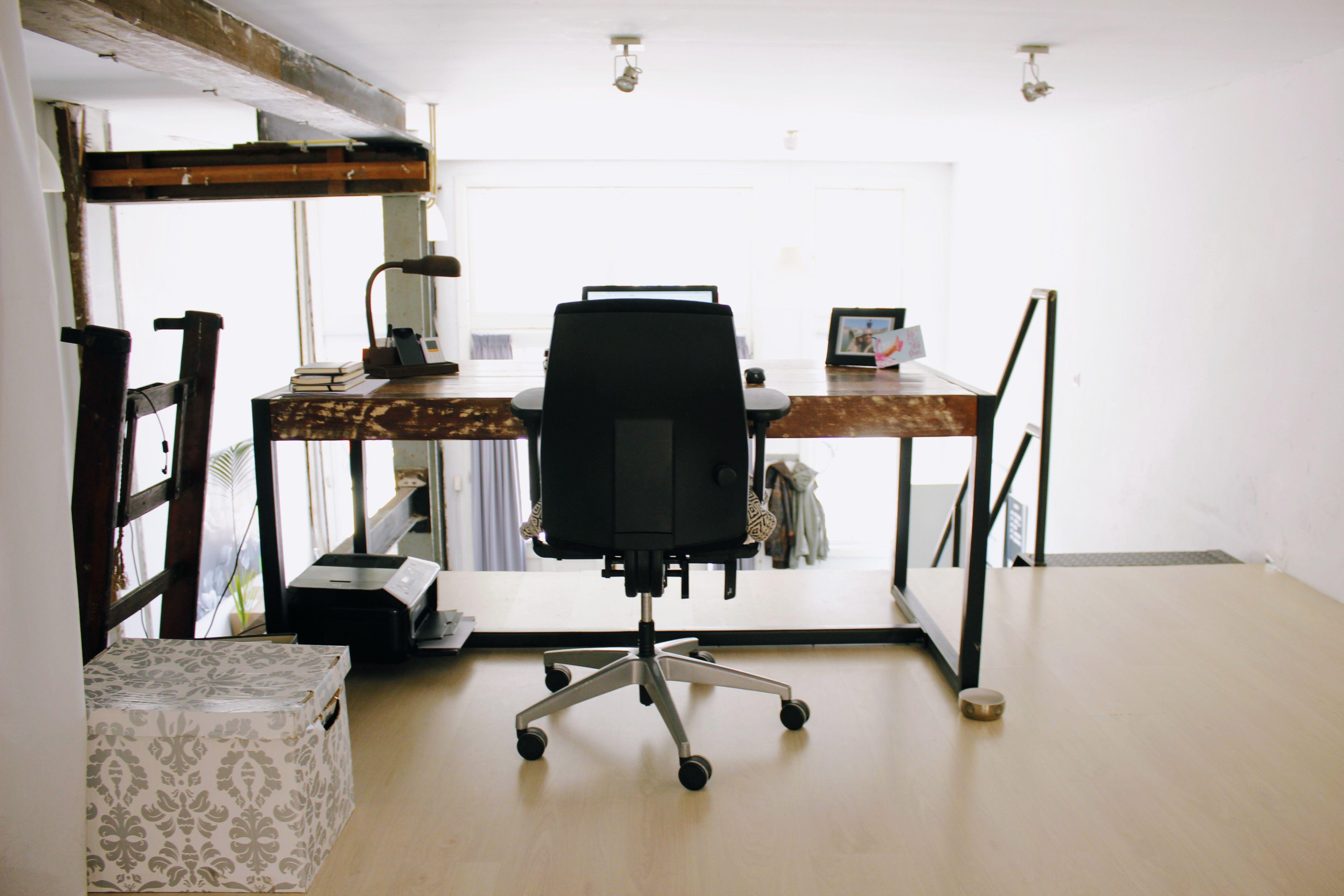 Werkplek home office minimal interiordesign interieur