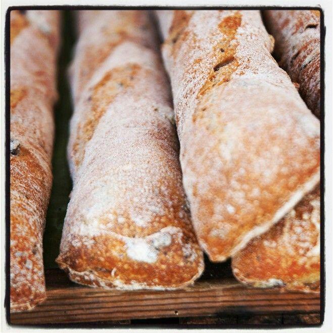 Bread photo by lottemarijn