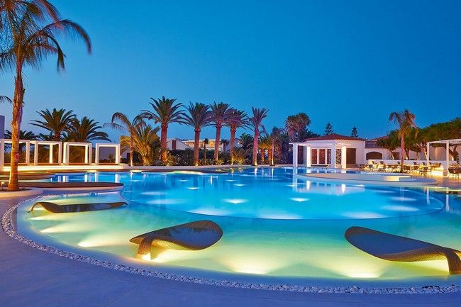 Confetti Swimming Pool Crete, Confetti Swimming Pool of the ...