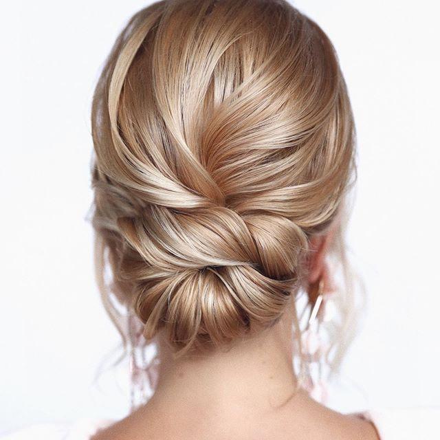 25 Beste Hochsteckfrisuren Mittellang Mittellanges Haar Ist Lang Genug Um Es In 2020 Long Hair Styles Medium Length Hair Styles Medium Long Hair