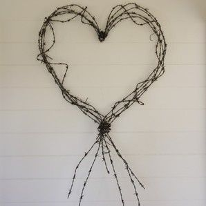 barbed wire crafts   Barbed Wire Heart...have some in the back yard ...