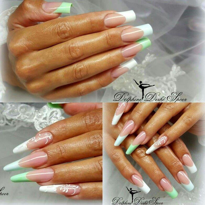 nail ... extension d'ongle by delphine derhé spoor  www.delphine-derhe-spoor.com
