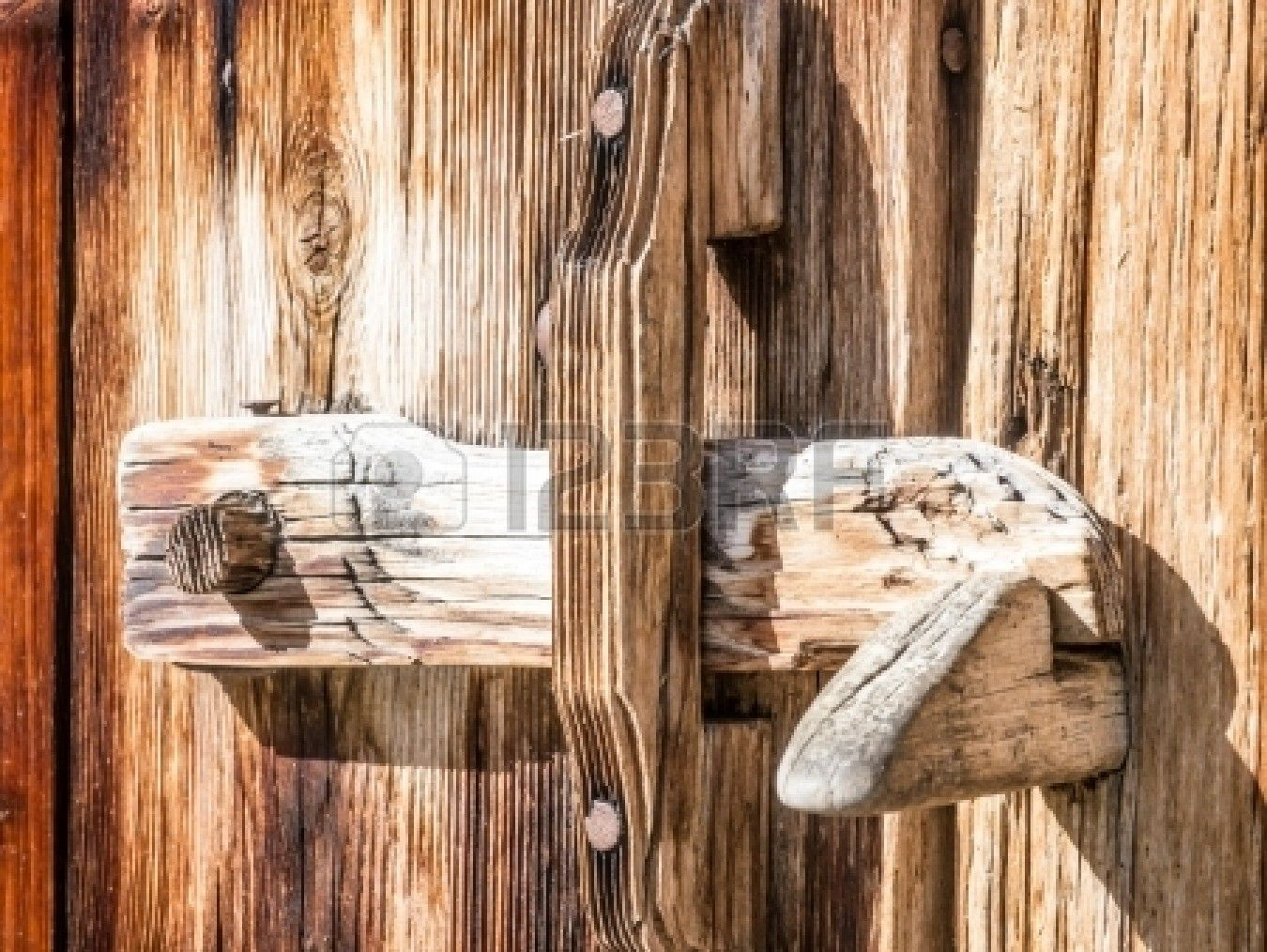 Old Wooden Latch At A Log Cabin Wood Doors Interior Rustic Doors Cabin Doors