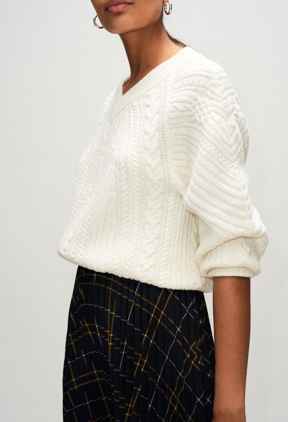Pull en laine col v torsadé