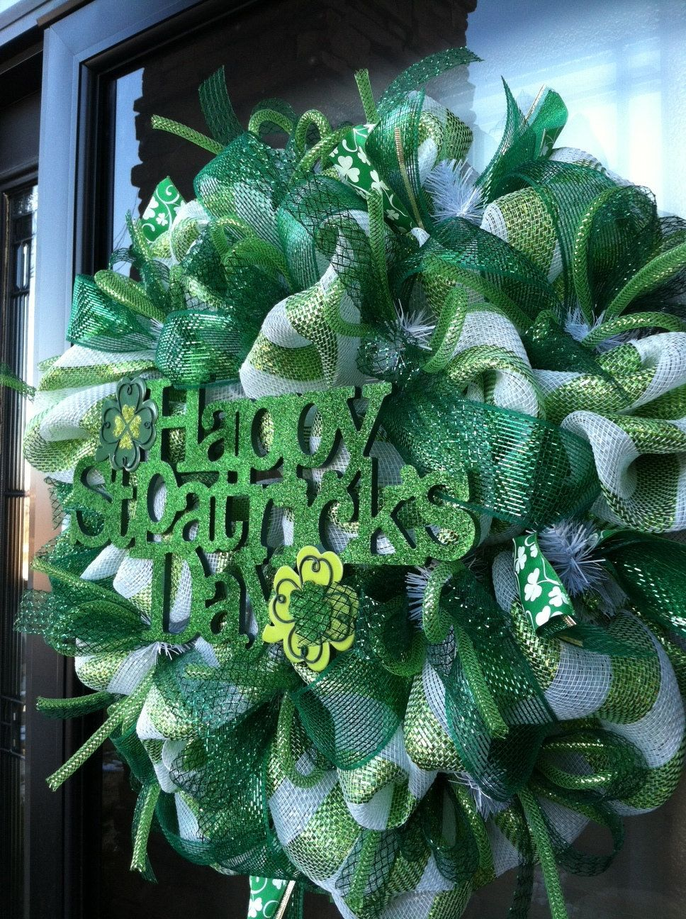 happy st patrick 39 s day deco mesh wreath deco mesh wreaths wreaths deco mesh wreaths mesh. Black Bedroom Furniture Sets. Home Design Ideas