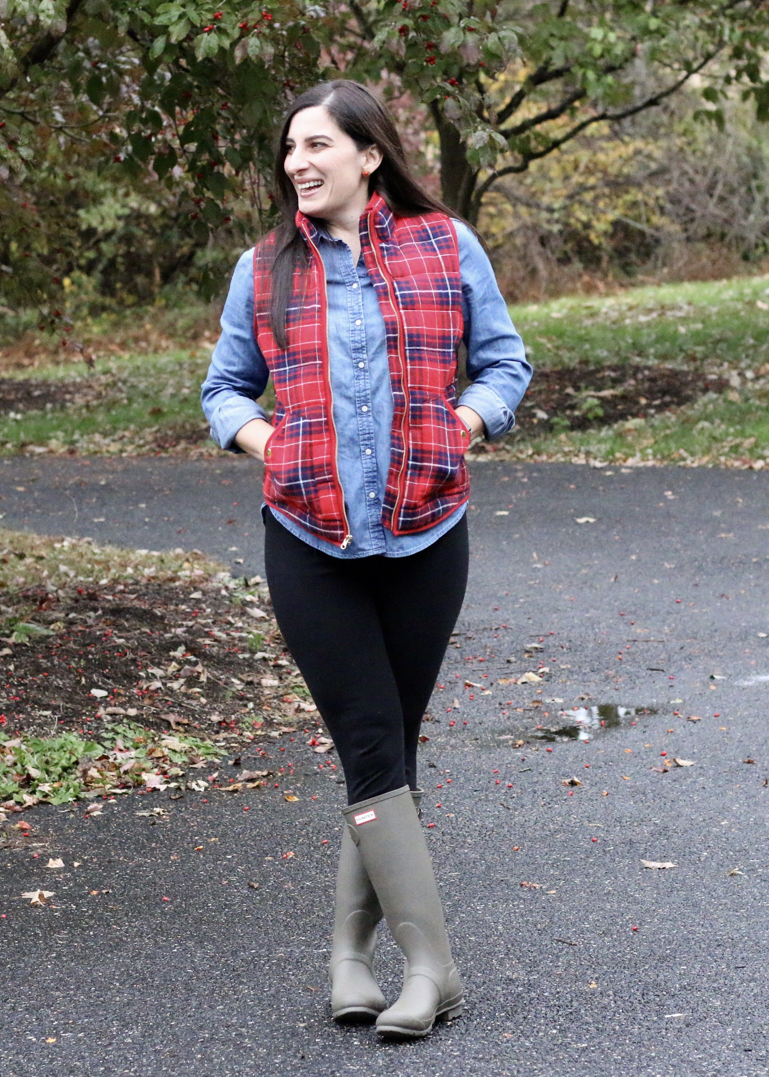 Fall outfit, Plaid Puffer Vest, Hunter boots, Chambray shirt