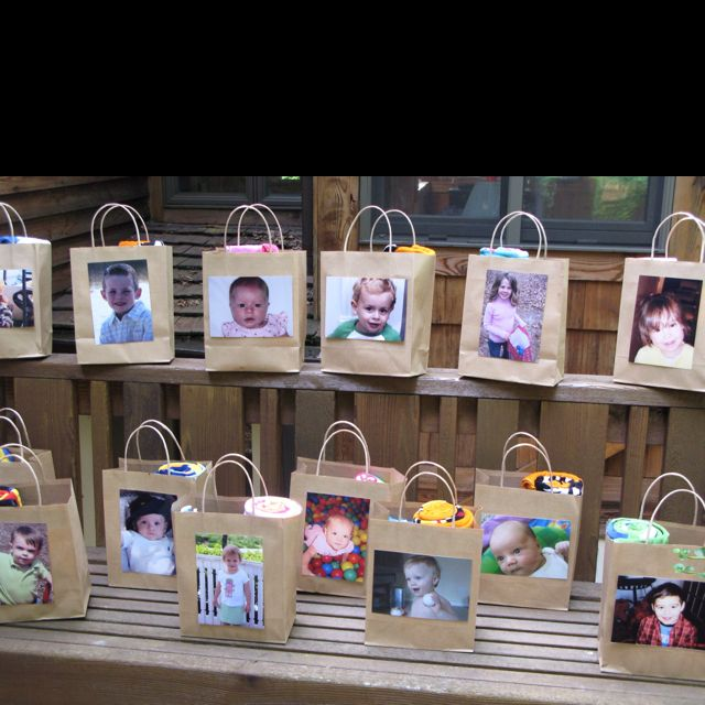1st Birthday Party Favor Bags The Kids Loved Seeing Their Faces And Mom And Dad Got A 5x7 1st Birthday Party Favors 1st Birthday Parties 2nd Birthday Parties