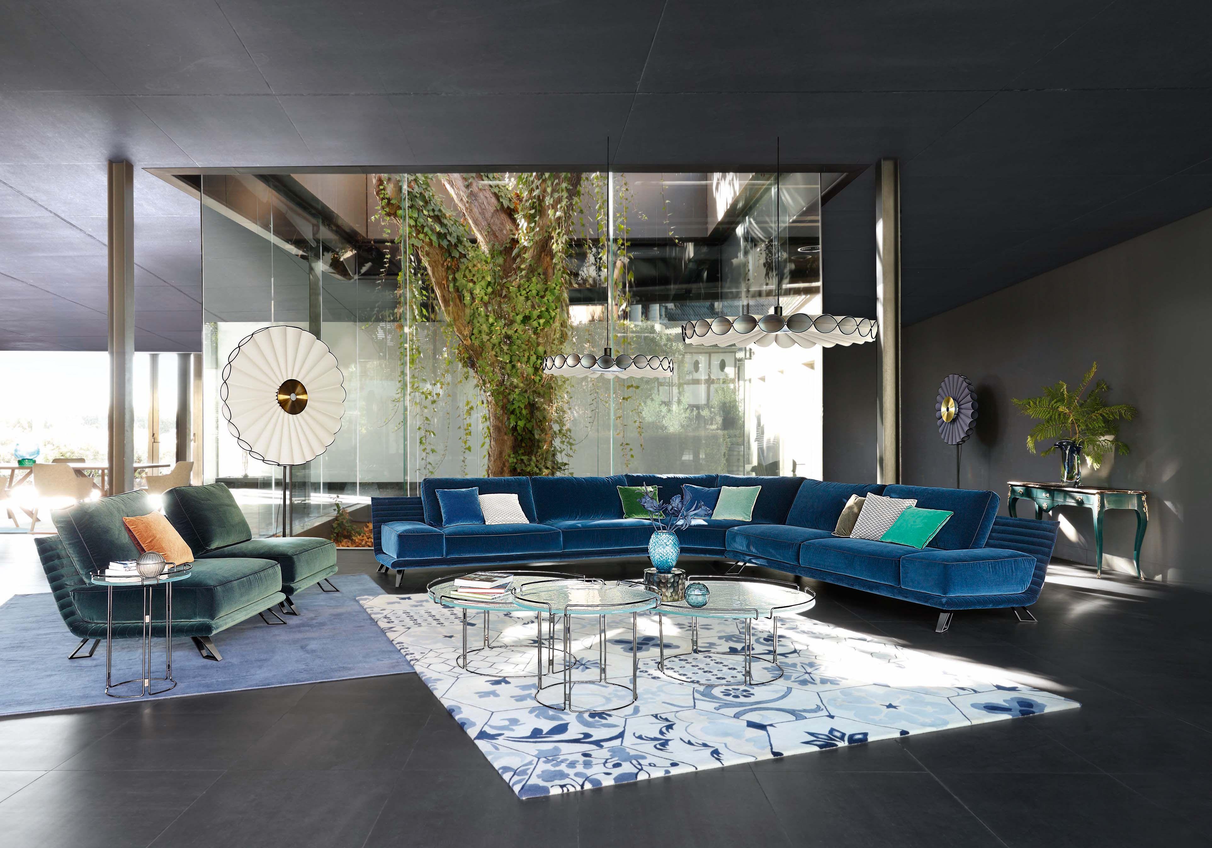 Roche Bobois | Vision sofa, designed by Sacha Lakic | Reine floor ...