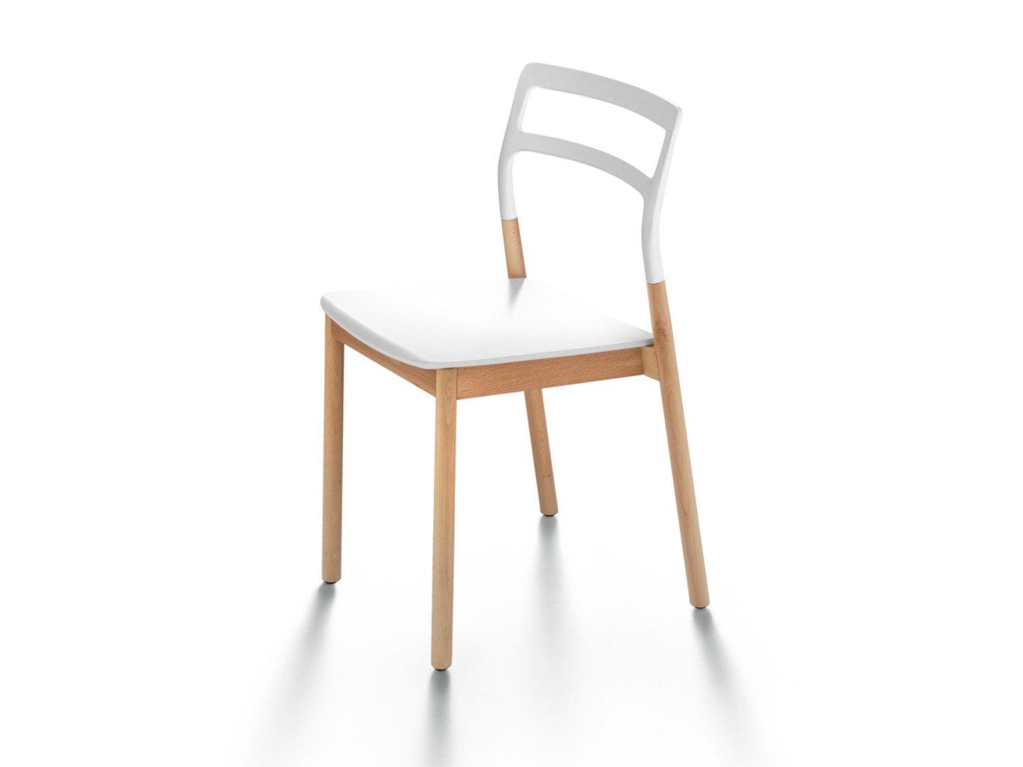 Tavoli In Plastica Impilabili.Sedia Impilabile In Legno Massello E Plastica Florinda By De