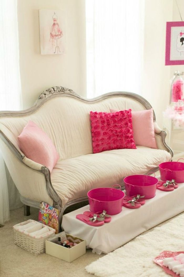 How to Throw a Spa Bachelorette Party at Home | Bachelorette Party ...