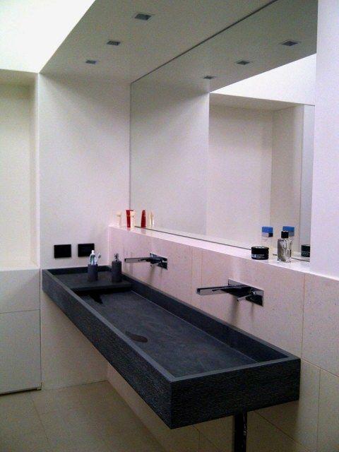 Ristrutturazione sottotetto villa storica  - Particolare lavello doppio in bagno padronale - Maria Teresa Azzola Designer - Nembro (BG) 2014