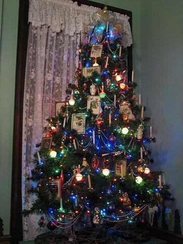 Rhonda's bubble light tree. Christmas Tree Bubble Lights, Christmas Tree  Decorations, Christmas Trees - Rhonda's Bubble Light Tree. Christmas Pinterest Christmas