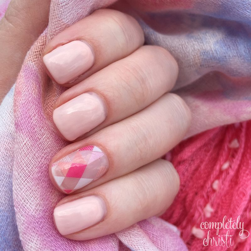 We\'re Blushing TruShine gel and August\'s Trendy StyleBox. DIY nail ...