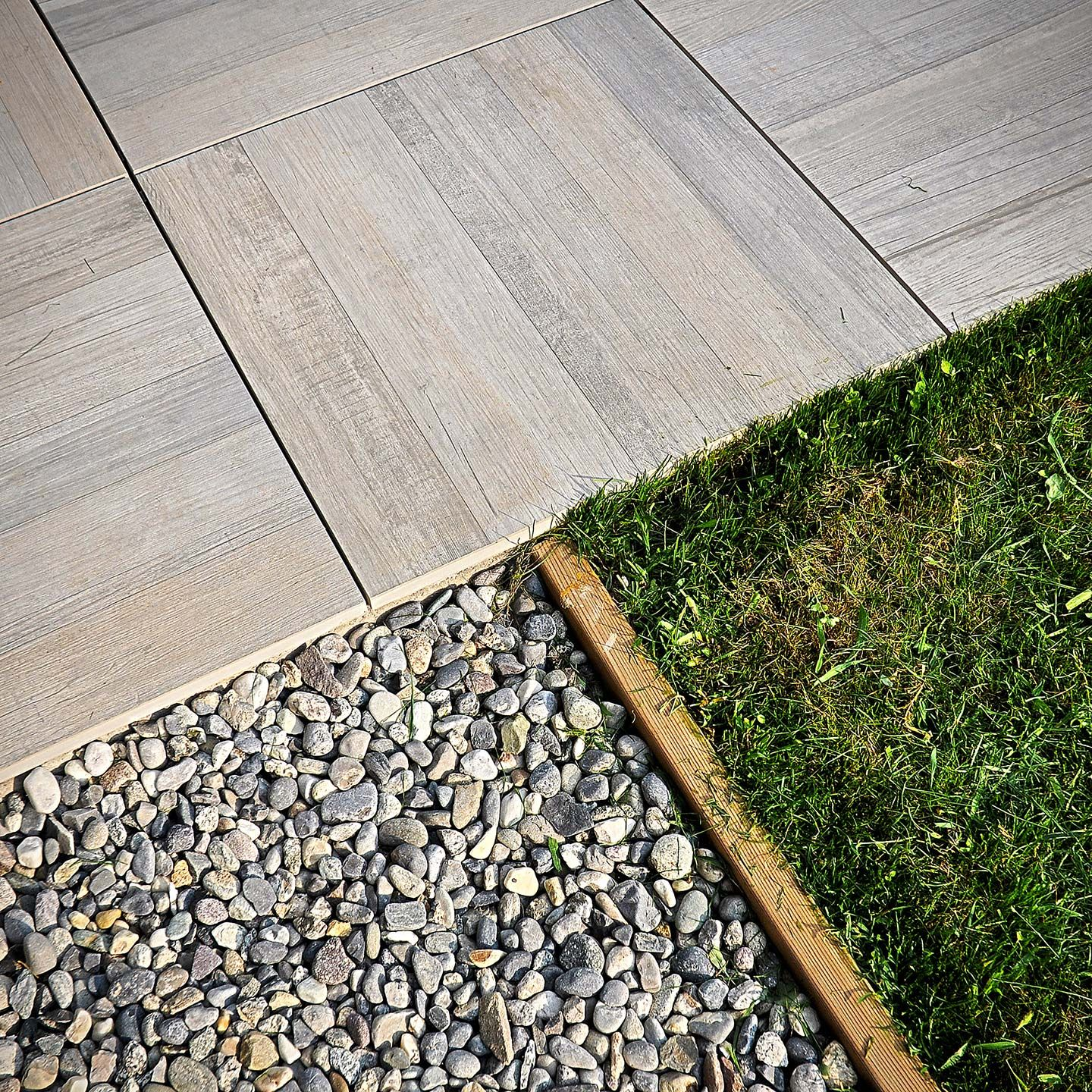 Exterior self-laying floor tile Icon Outdoor by Casa dolce ...