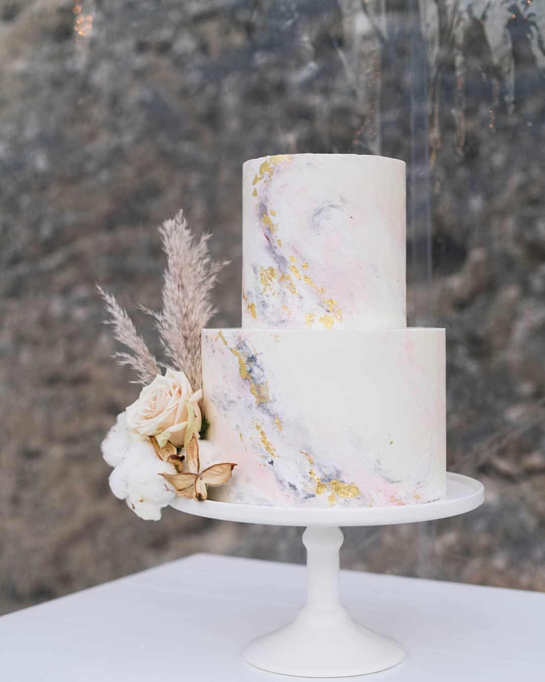Riva Andrew Forever Grateful To You Lovers Giving Me Creative Control Over Your Cake And For Yo Ethereal Wedding Cake Wedding Cake Marble Wedding Cake Photos