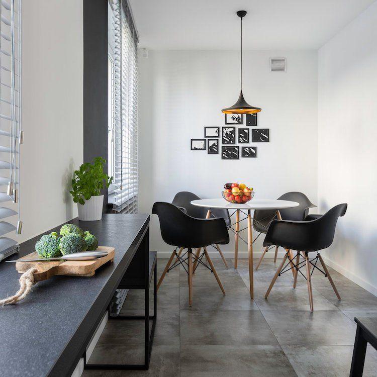 Erstellen Sie Eine Wand Aus Rahmen Eine Vielseitige Dekor Idee Fur Kleine Raume Und Grosse Volumen Kuchendesign Kuchentrends Schoner Wohnen Farbe