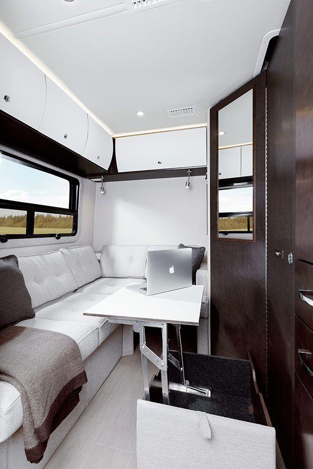 Leisure Travel Vans Unity Photo